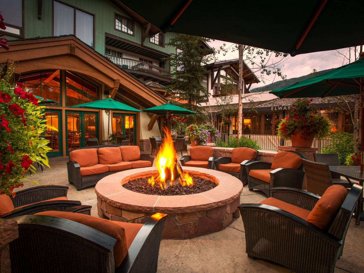 12 all around the firepit - Patio Design Ideas With Fire Pits