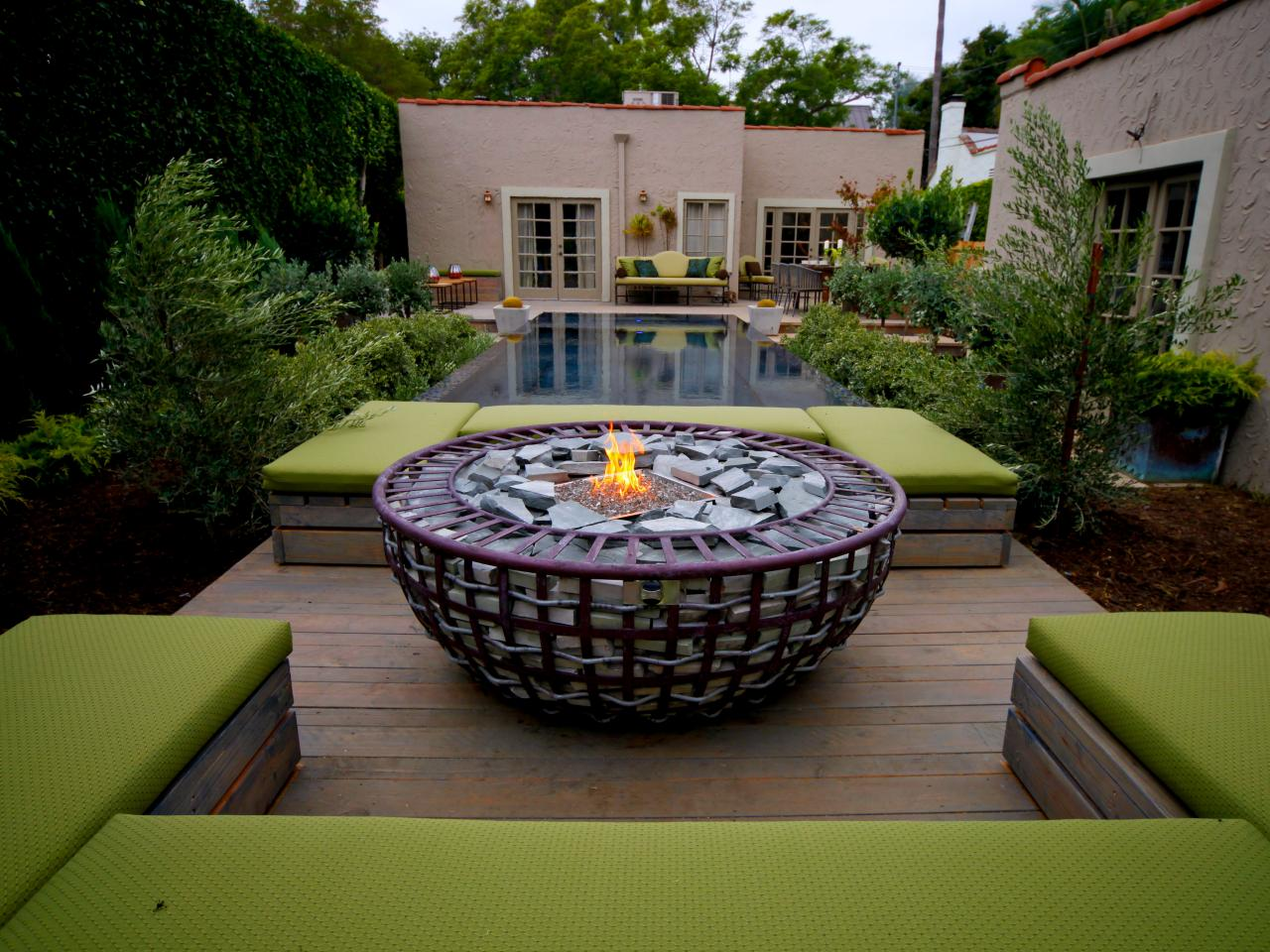 50 Best Outdoor Fire Pit Design Ideas for 2019 on Small Outdoor Fireplace Ideas id=96251