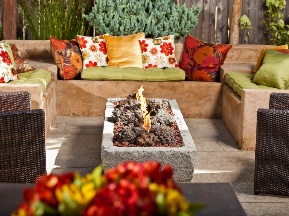 50 Best Outdoor Fire Pit Design Ideas for 2019 on Fireplace In The Backyard id=82891