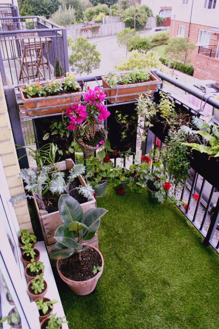 50 best balcony garden ideas and designs for 2017 for Balcony garden