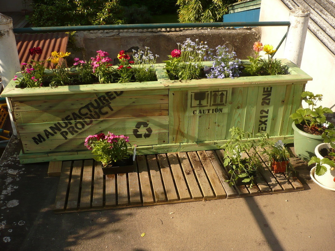 Upcycled Bed Box Into Garden