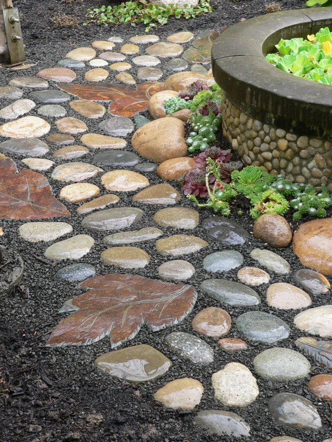 Incroyable Pave The Way In Your Garden With Pebbles. Stepping Stones