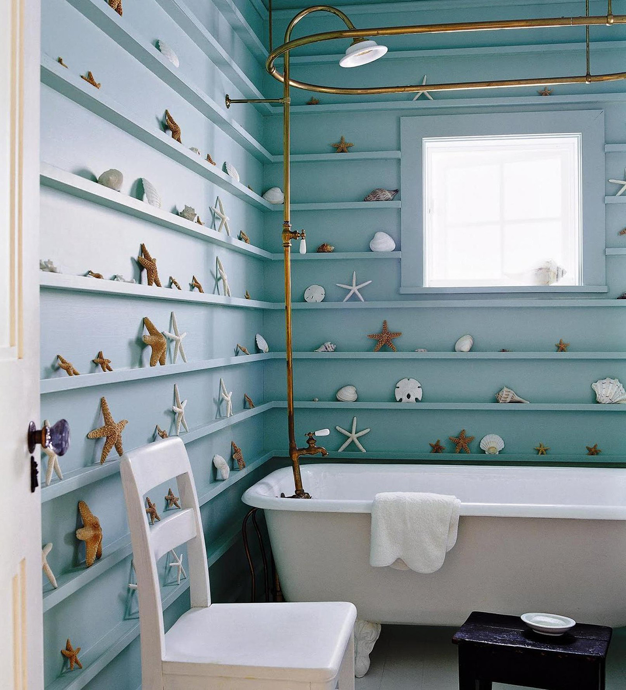 Rustic beach themed bathroom - Nautical Bathroom