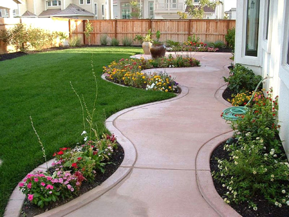 unrivaled small lawn ideas #BackyardLandscapingIdeas #Garden #GardenIdeas