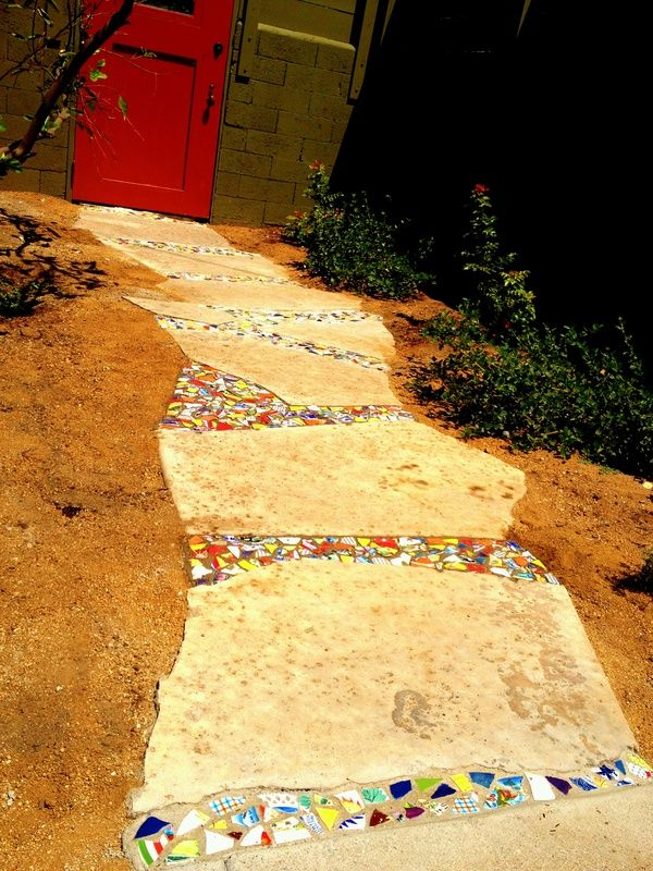 18 Amazing Stepping Stone Ideas for your Garden