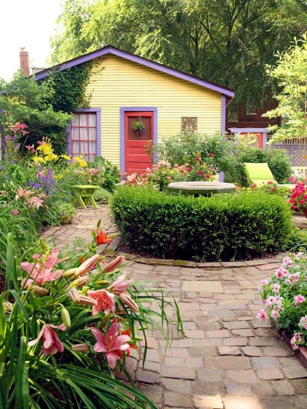 inspiring small house garden ideas #BackyardLandscapingIdeas #Garden #GardenIdeas