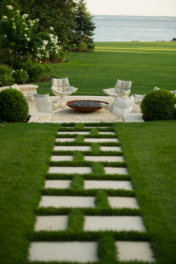 30 Best Decorative Stepping Stones (Ideas and Designs) 2020