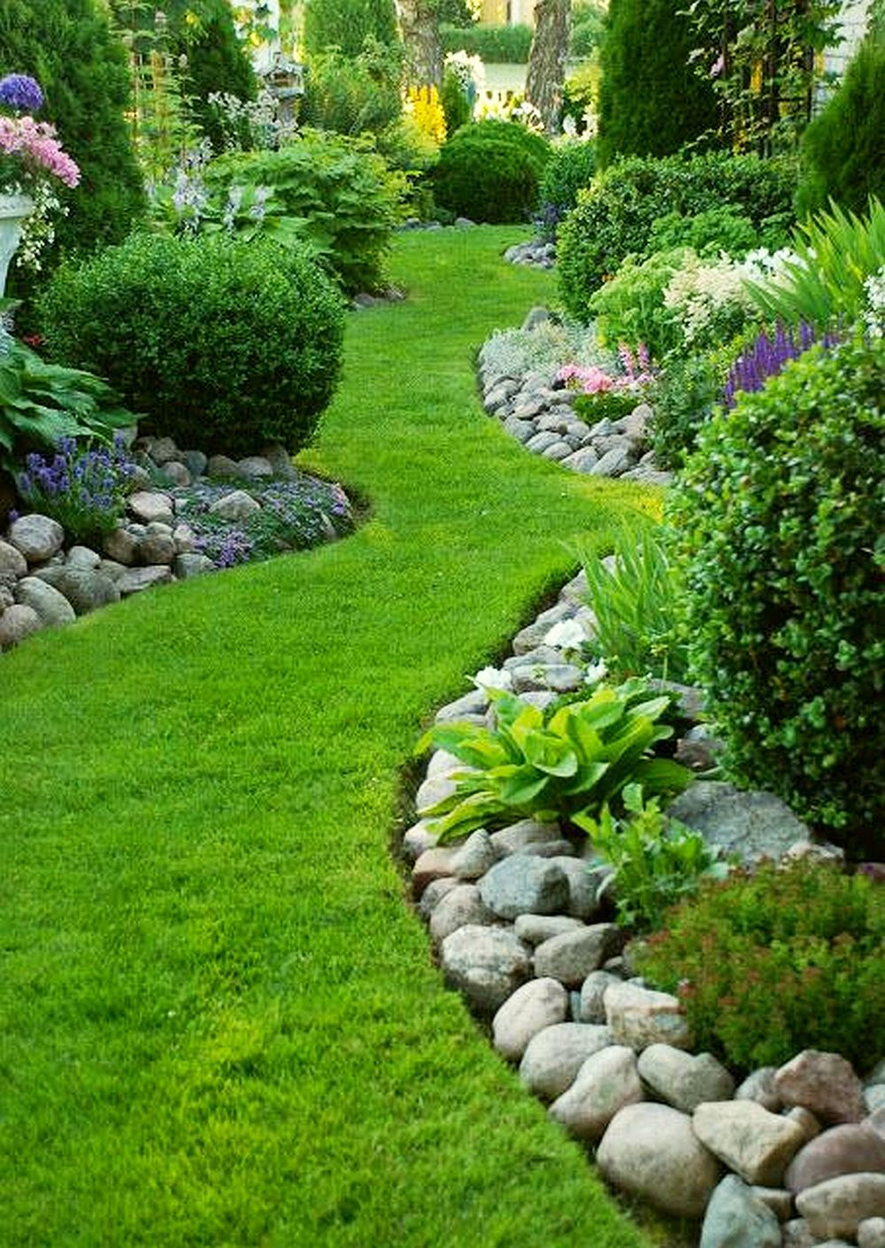 inspiring small garden ideas #BackyardLandscapingIdeas #Garden #GardenIdeas