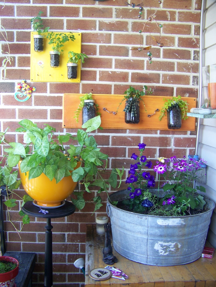 50 best balcony garden ideas and designs for 2017 for Simple balcony garden ideas