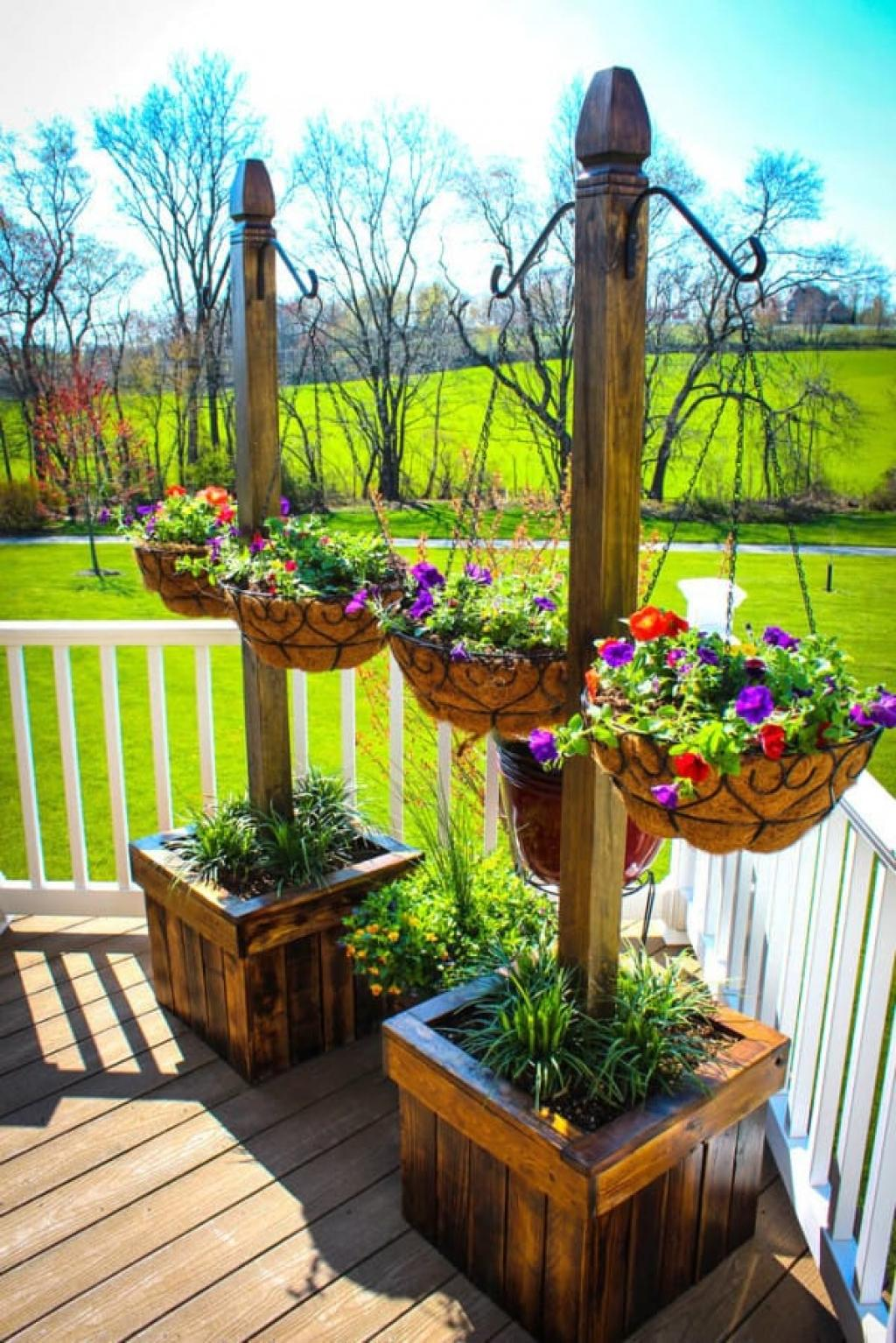 Backyard landscape 16 amazing diy patio decoration ideas for Patio deck decorating ideas