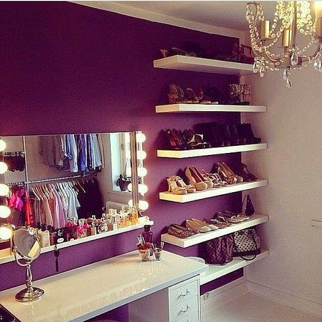 stunning Room Ideas For Teen Girls Part - 8: 2. Floating Shelves