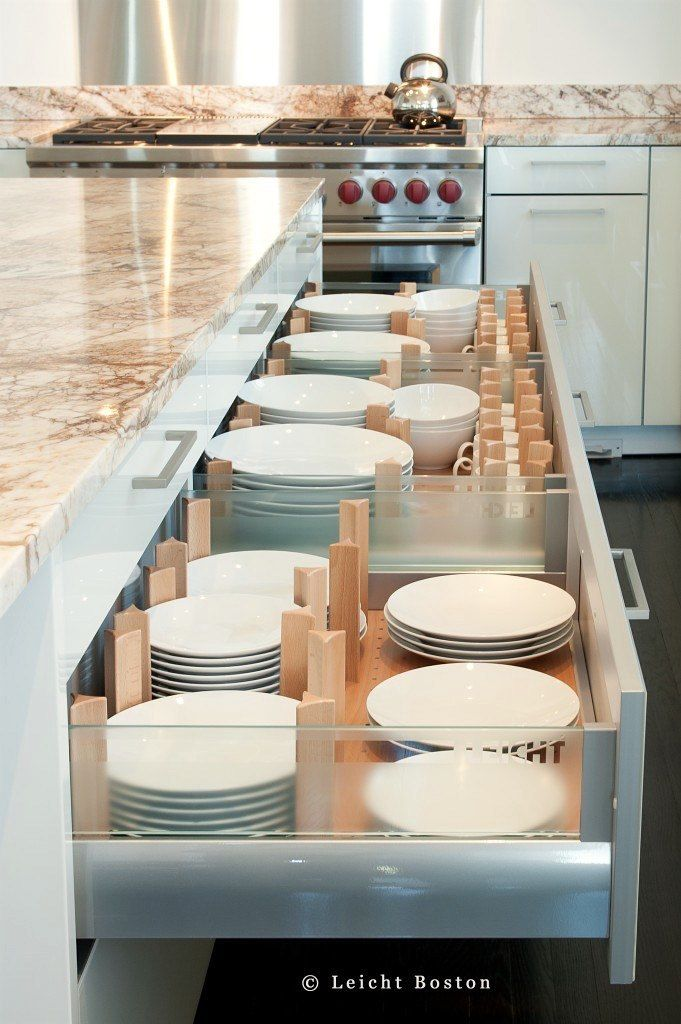 3 keep plates stacked and sorted in divided drawers - Kitchen Organization Ideas