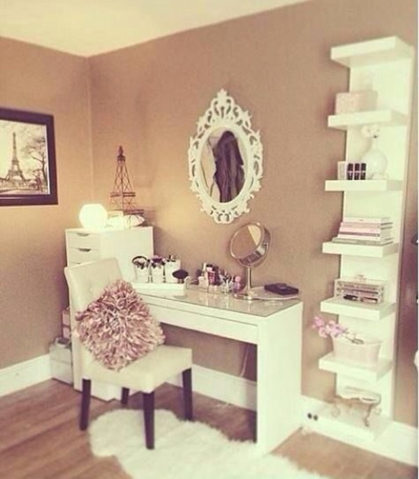 Get a Little Vain(ity). Source: kateeatscake.com. No teenage girl\u0027s bedroom ... & 50 Stunning Ideas for a Teen Girl\u0027s Bedroom for 2018