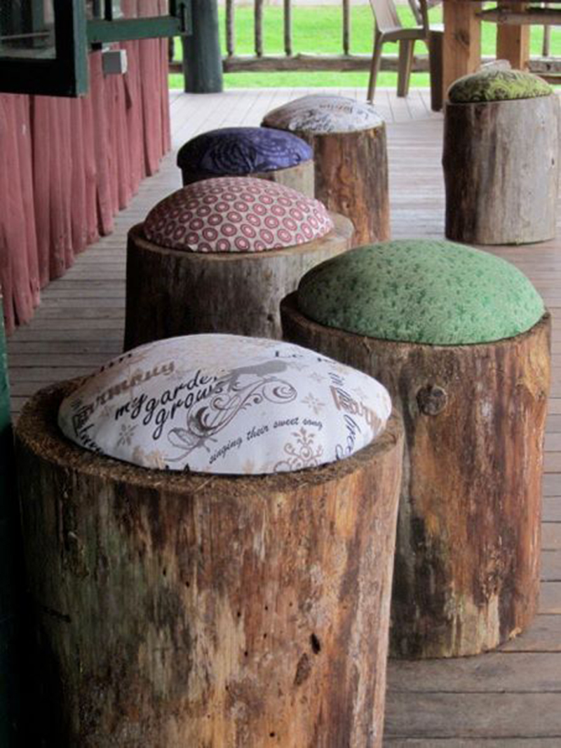 These Repurposed Log Seats are the Definition Of Charm