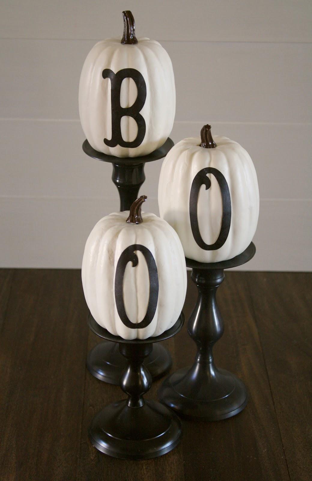 Diy indoor halloween decorations - 6 Stylish Letters Sweeten Pumpkins