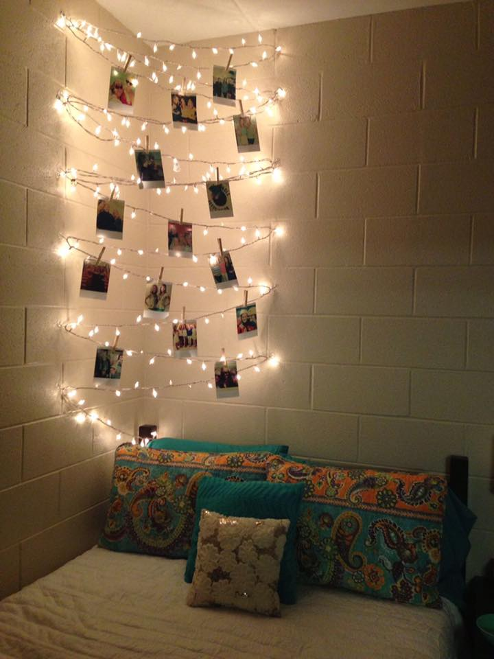 Displaying Photos is a Breeze with String Lights Design Ideas Like This