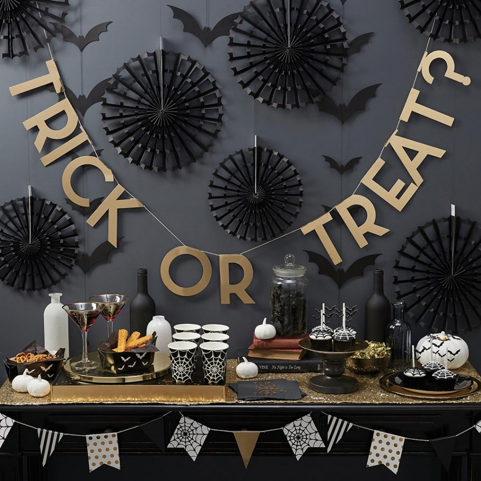 50 best halloween party decoration ideas for 2017 for Decoration halloween