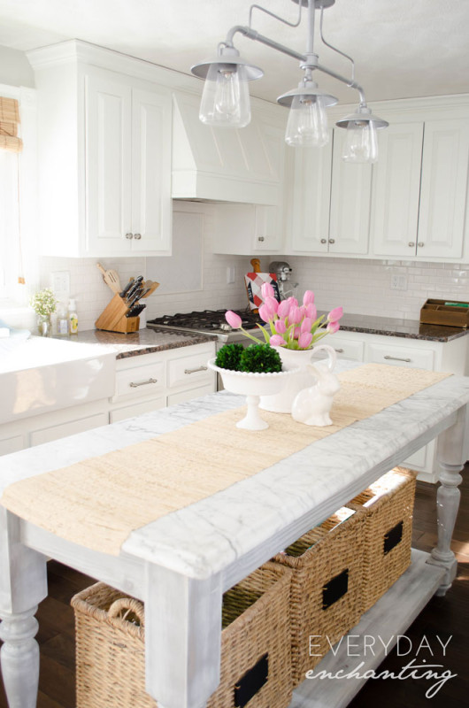 Rustic Choices Liven Up an Already Grand Kitchen