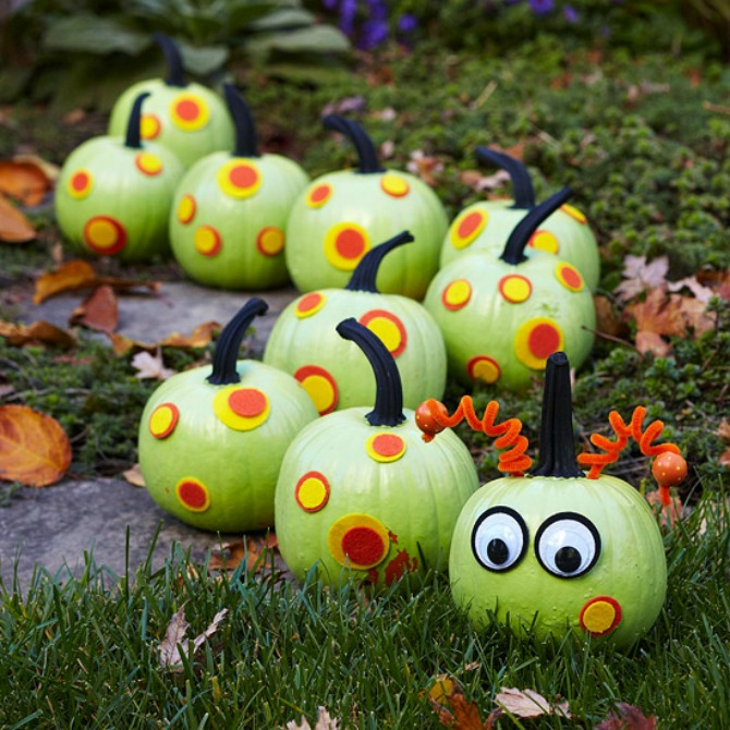caterpillar pumpkin stretch - Decorated Halloween Pumpkins