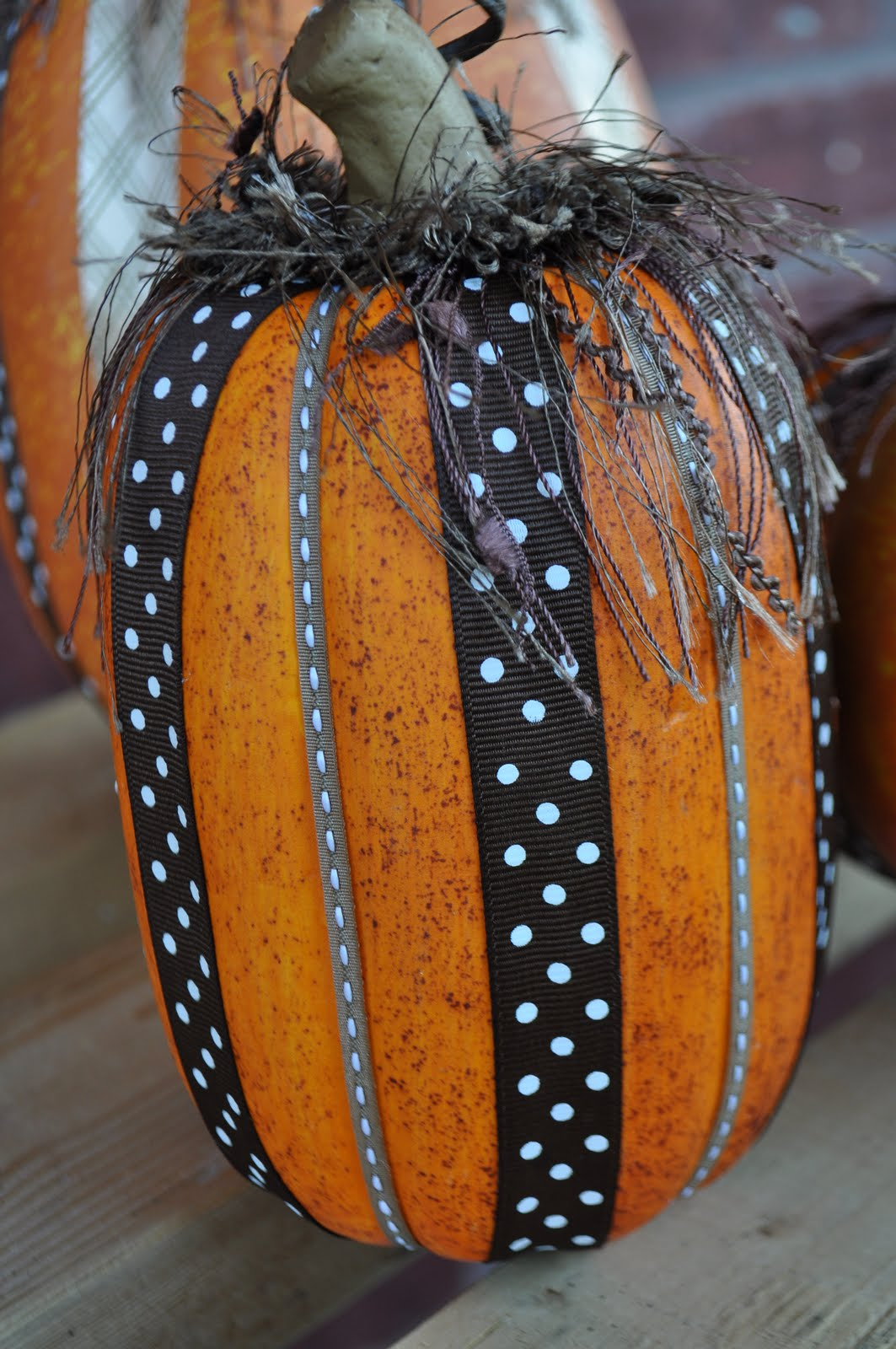 the 50 best pumpkin decoration and carving ideas for halloween 2016. Black Bedroom Furniture Sets. Home Design Ideas