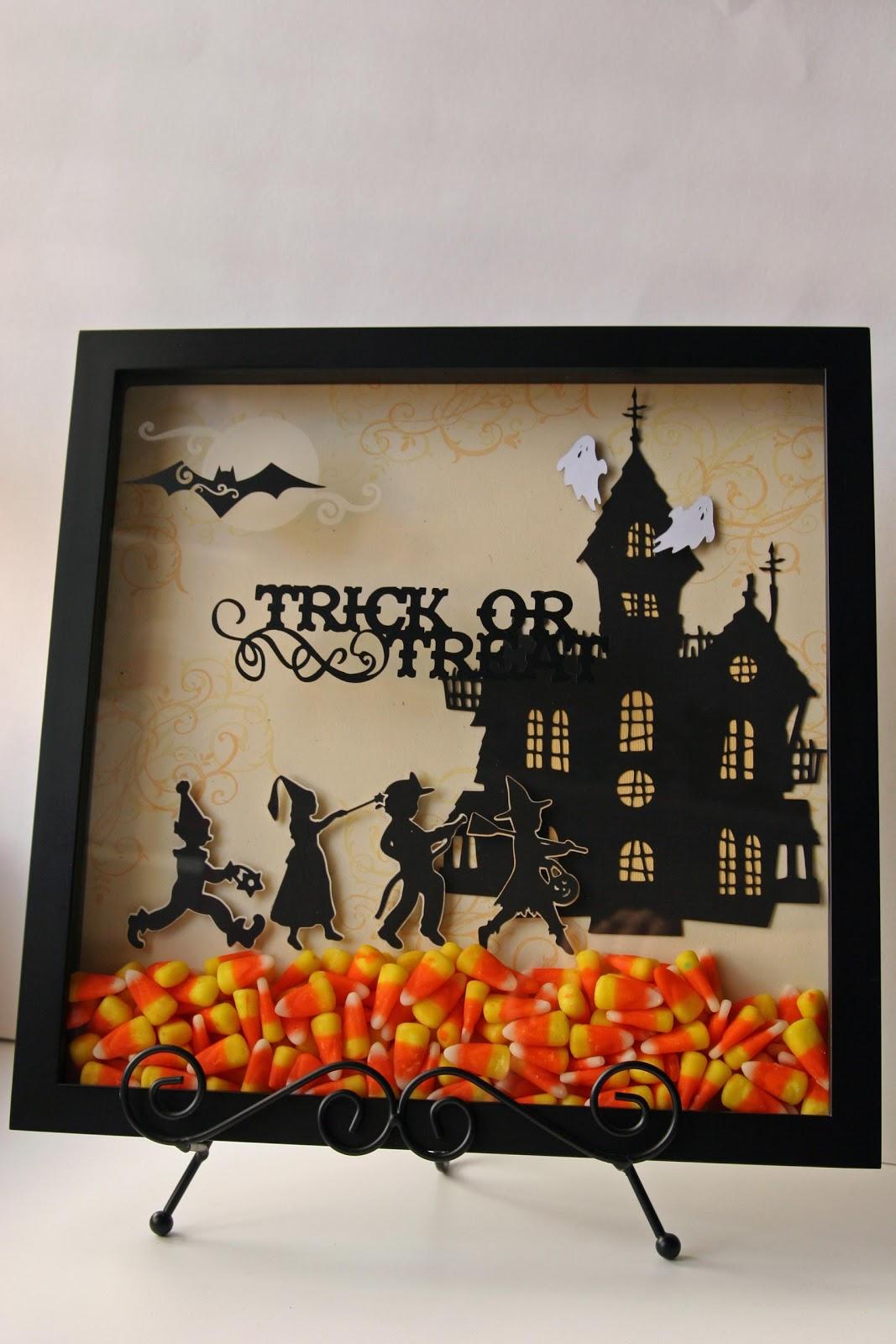 Halloween indoor decorations ideas - 27 Candy Corn Makes Season Shadow Box Sweet