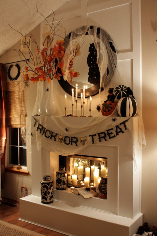 47 seasonal flowers gourds complement fireplace - Halloween Decorations Indoor Ideas