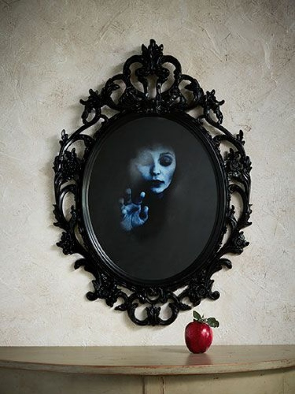 mirage and mirrors create ghoulish decoration - Diy Indoor Halloween Decorations