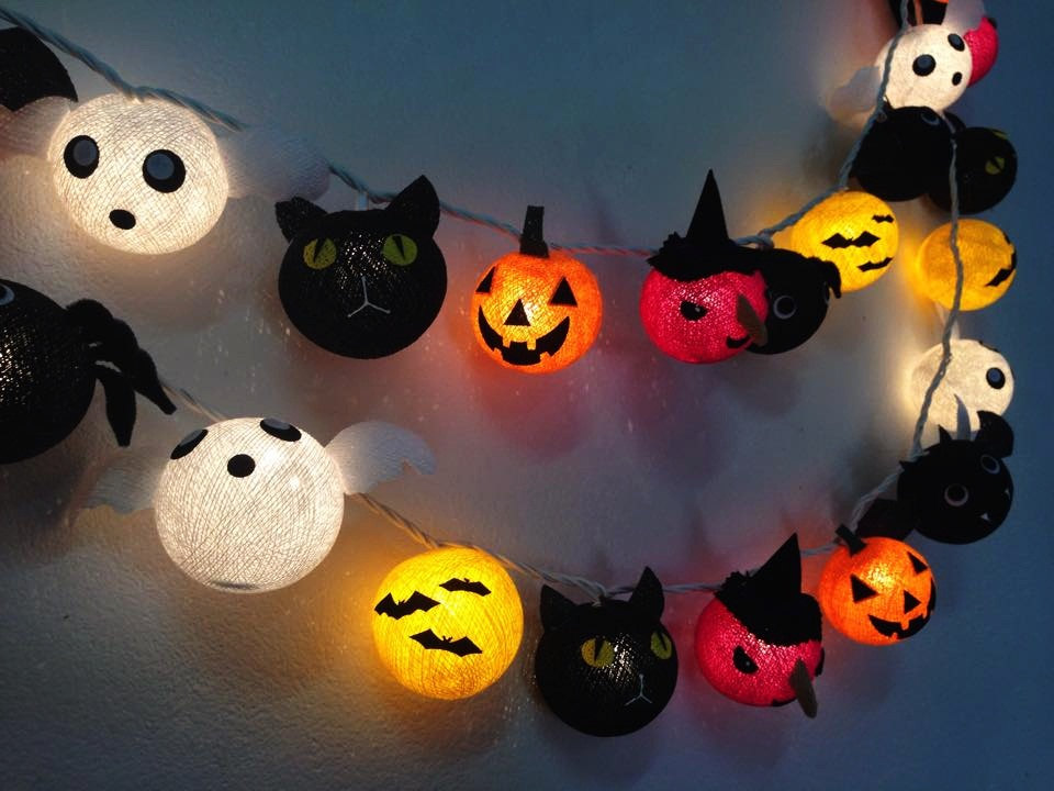 Halloween Themed Ornamented String Lights
