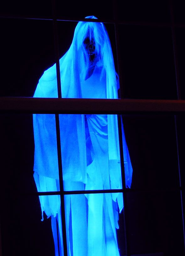 eerie glowing ghost halloween dcor - Halloween Window Decor