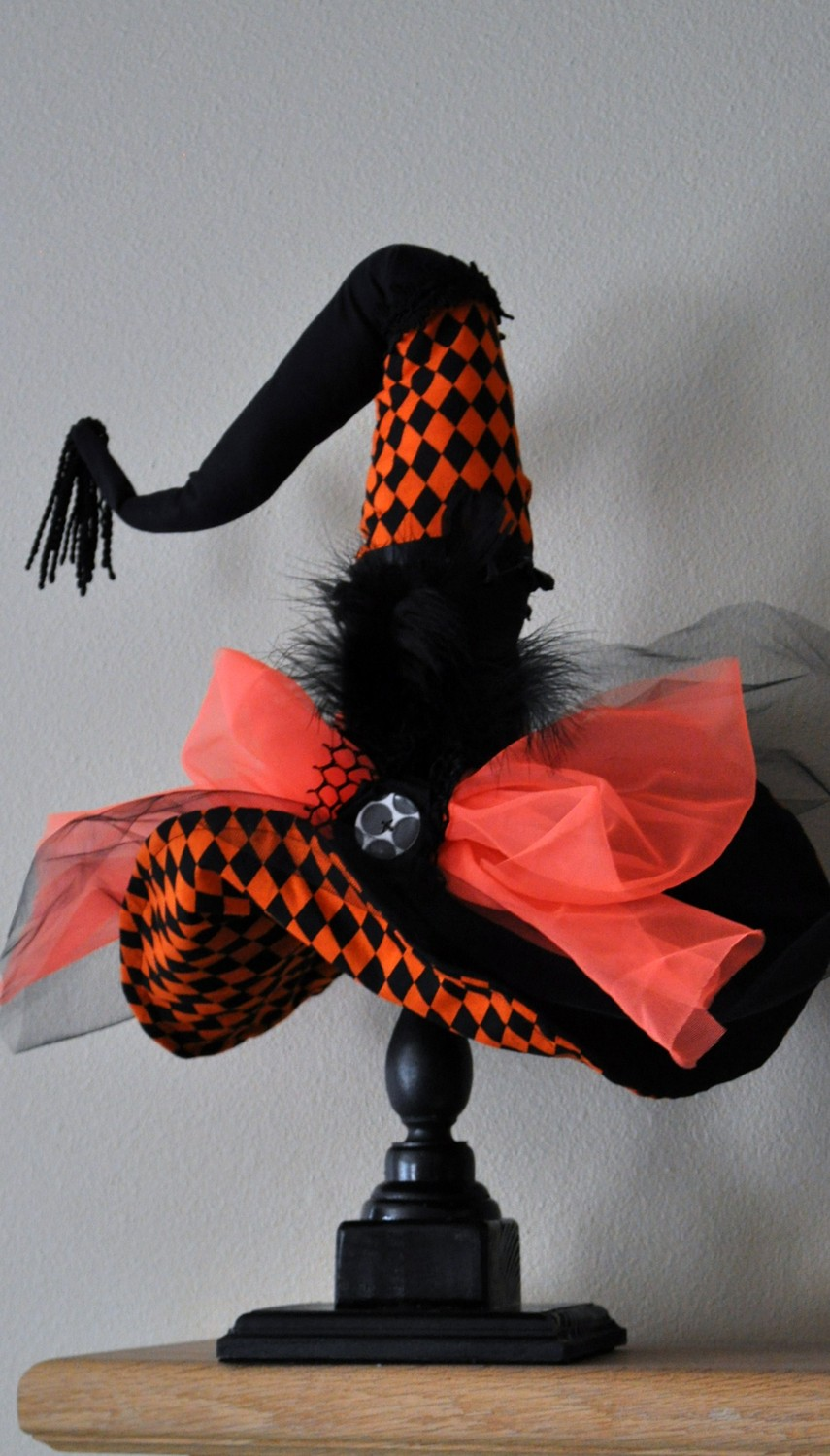 Table Top Witch Hat Stand