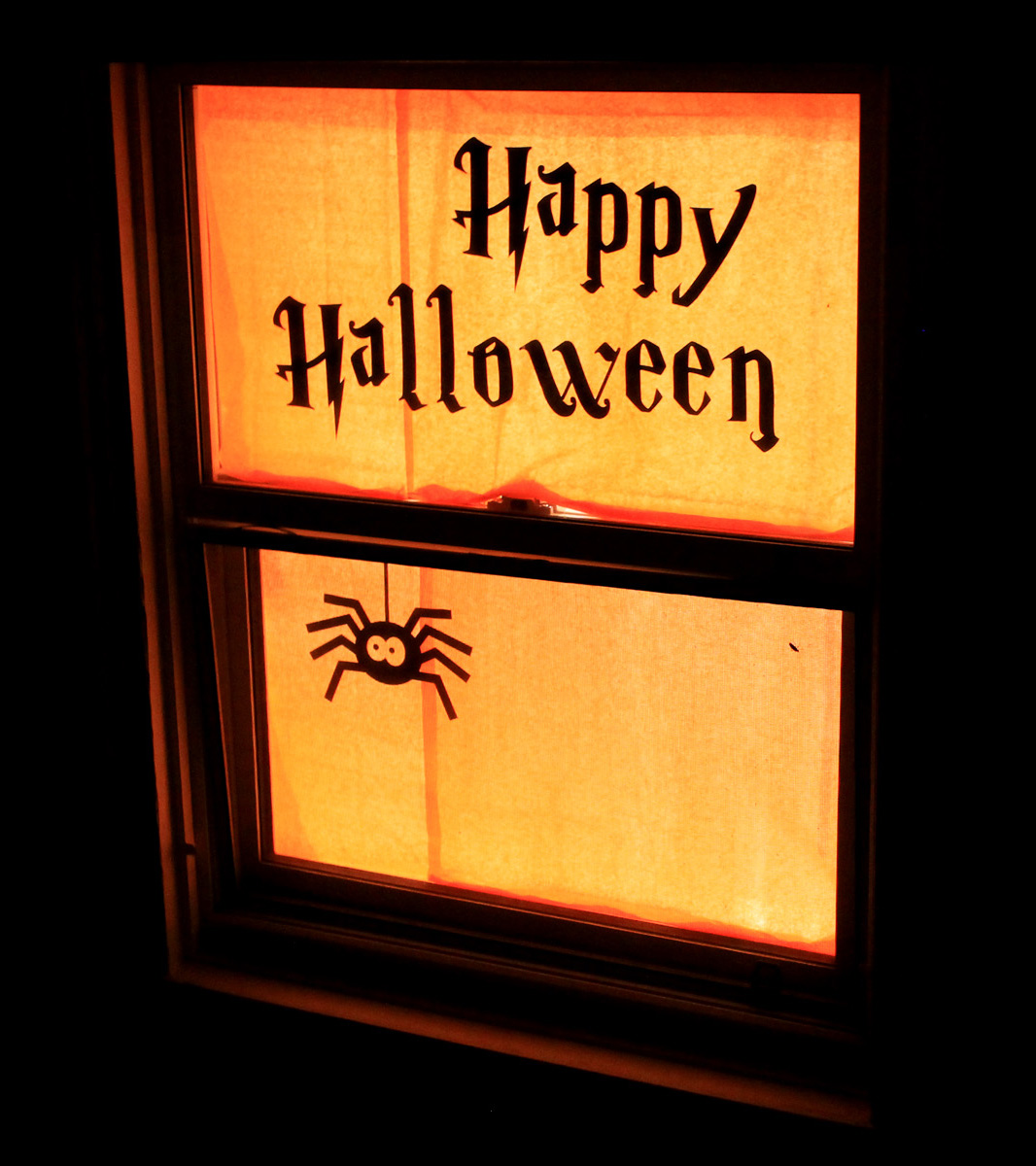 The 33 Best Halloween Window Decorations for 2020