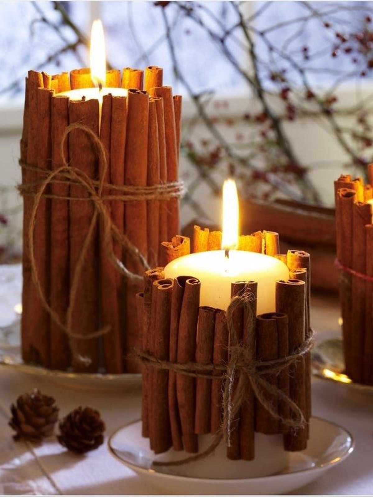 Cinnamon Stick Candles Make an Irresistible Table Piece
