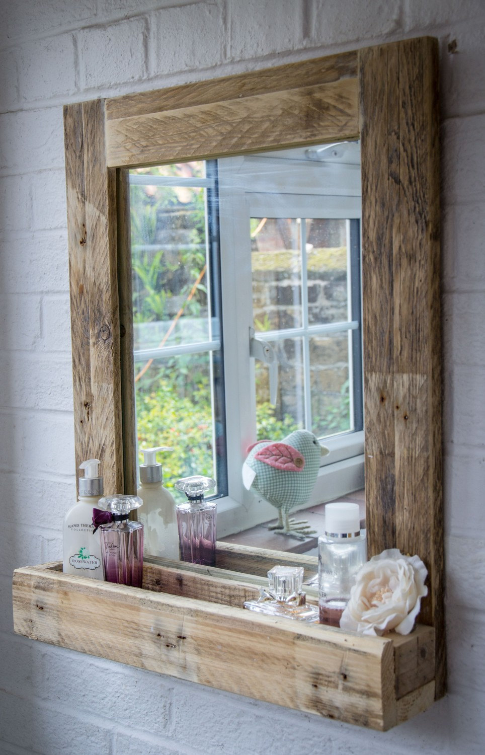 7 Pallet Wood Mirror Frame With Storage