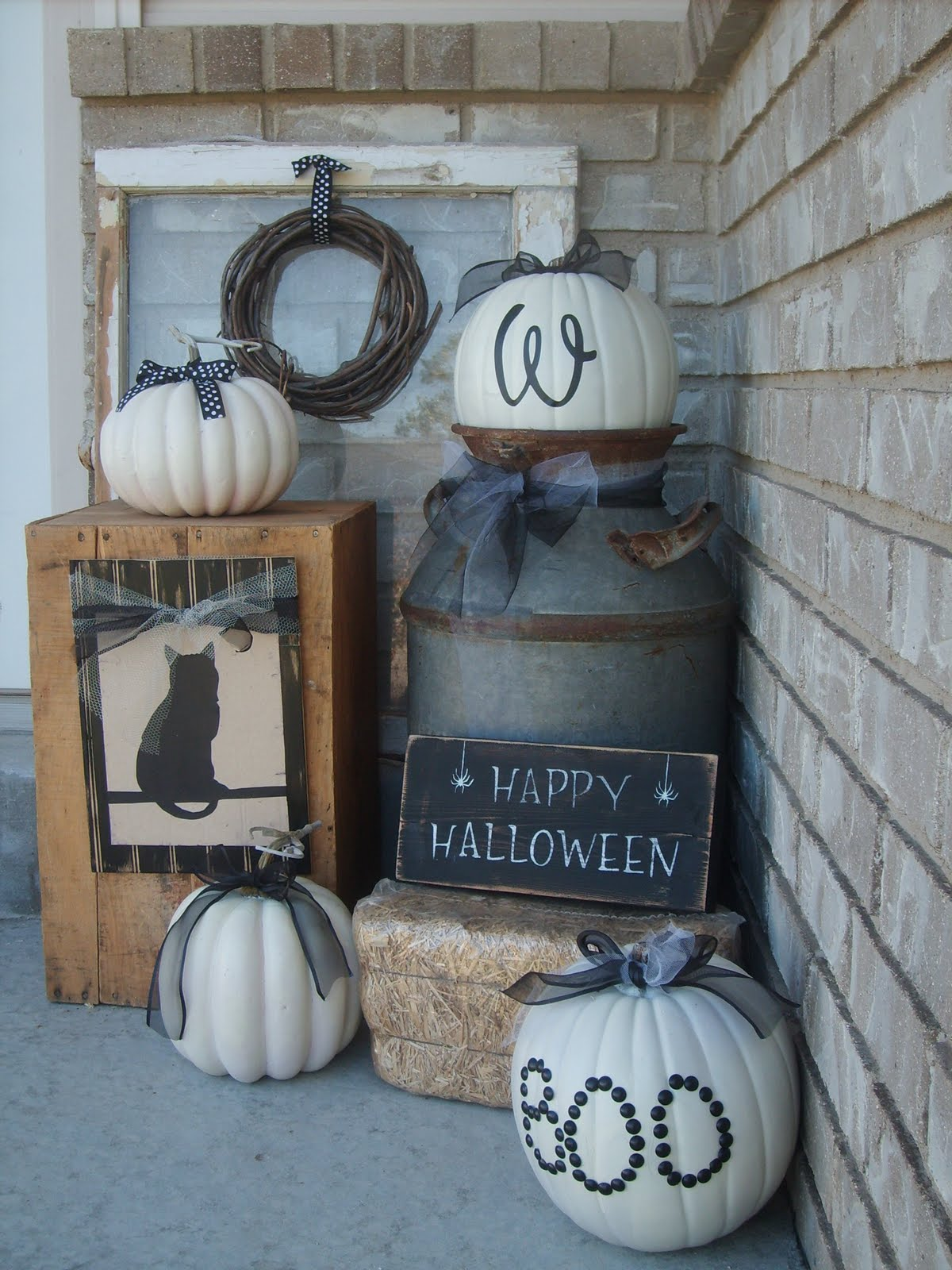 Fall porch decorating ideas pictures - A Modest Expression Of Fall