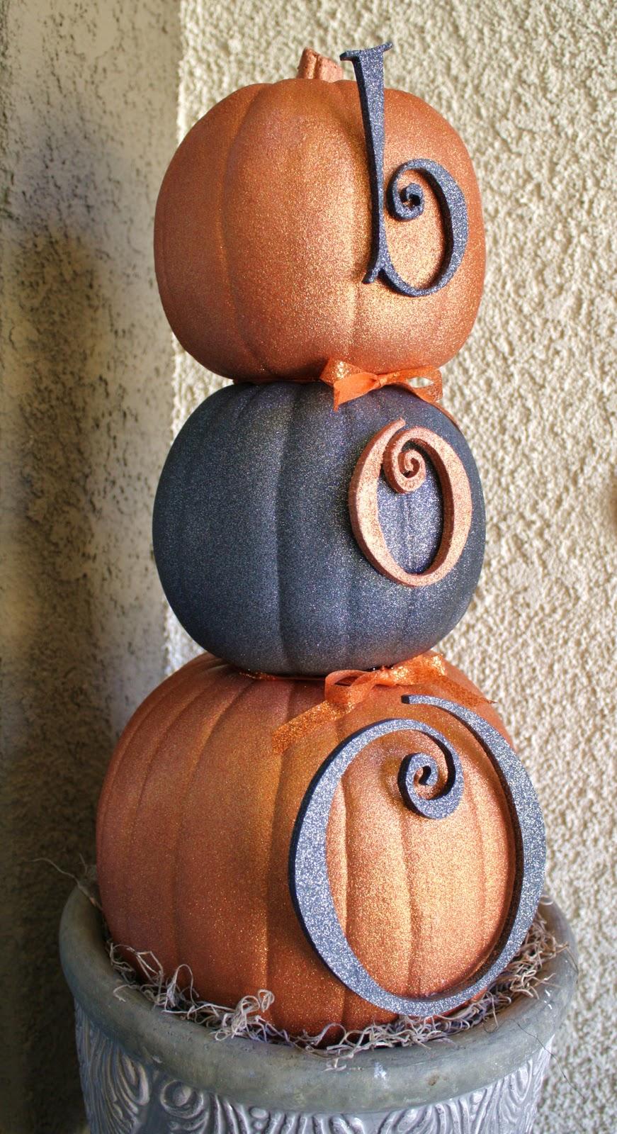 a pumpkin snowman homebnc. Black Bedroom Furniture Sets. Home Design Ideas
