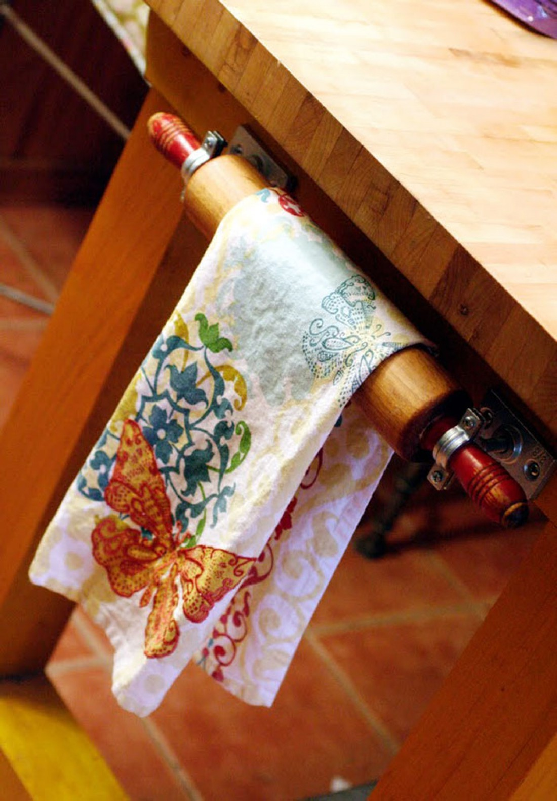 Vintage Rolling Pin Kitchen Towel Holder