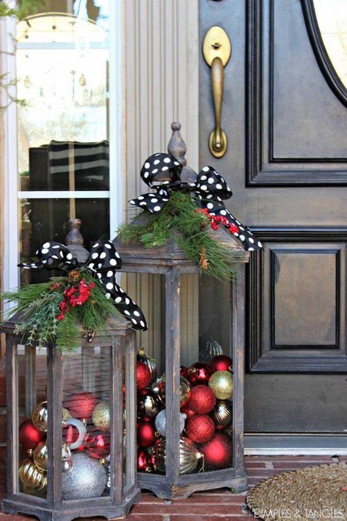 Nice Holiday Porch Decorating Ideas Part - 3: Large Christmas Lanterns