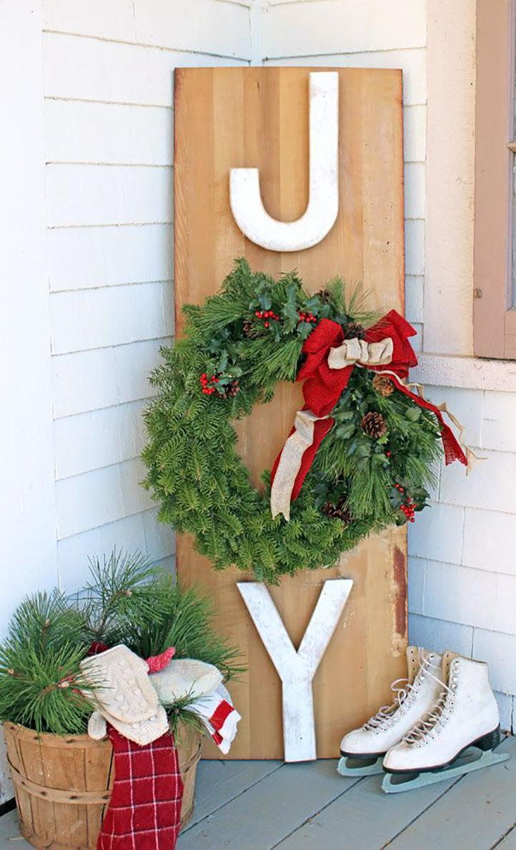 Wooden Sign and Wreath