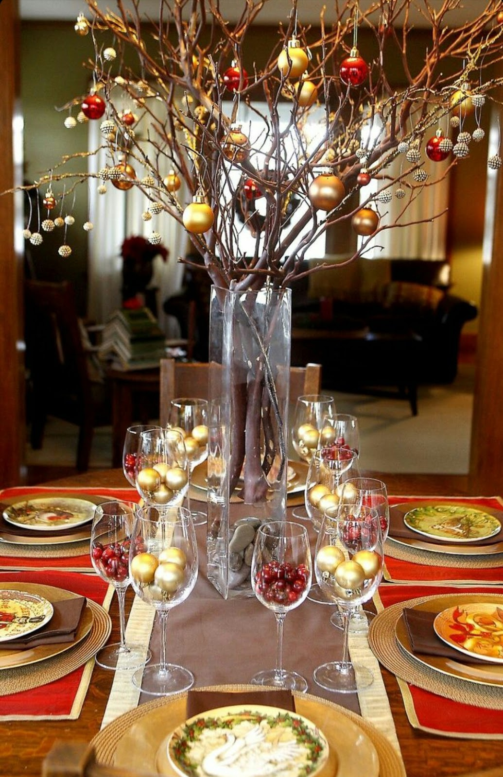 Diy christmas table decoration ideas - Simple And Urban Tabletop Christmas Tree