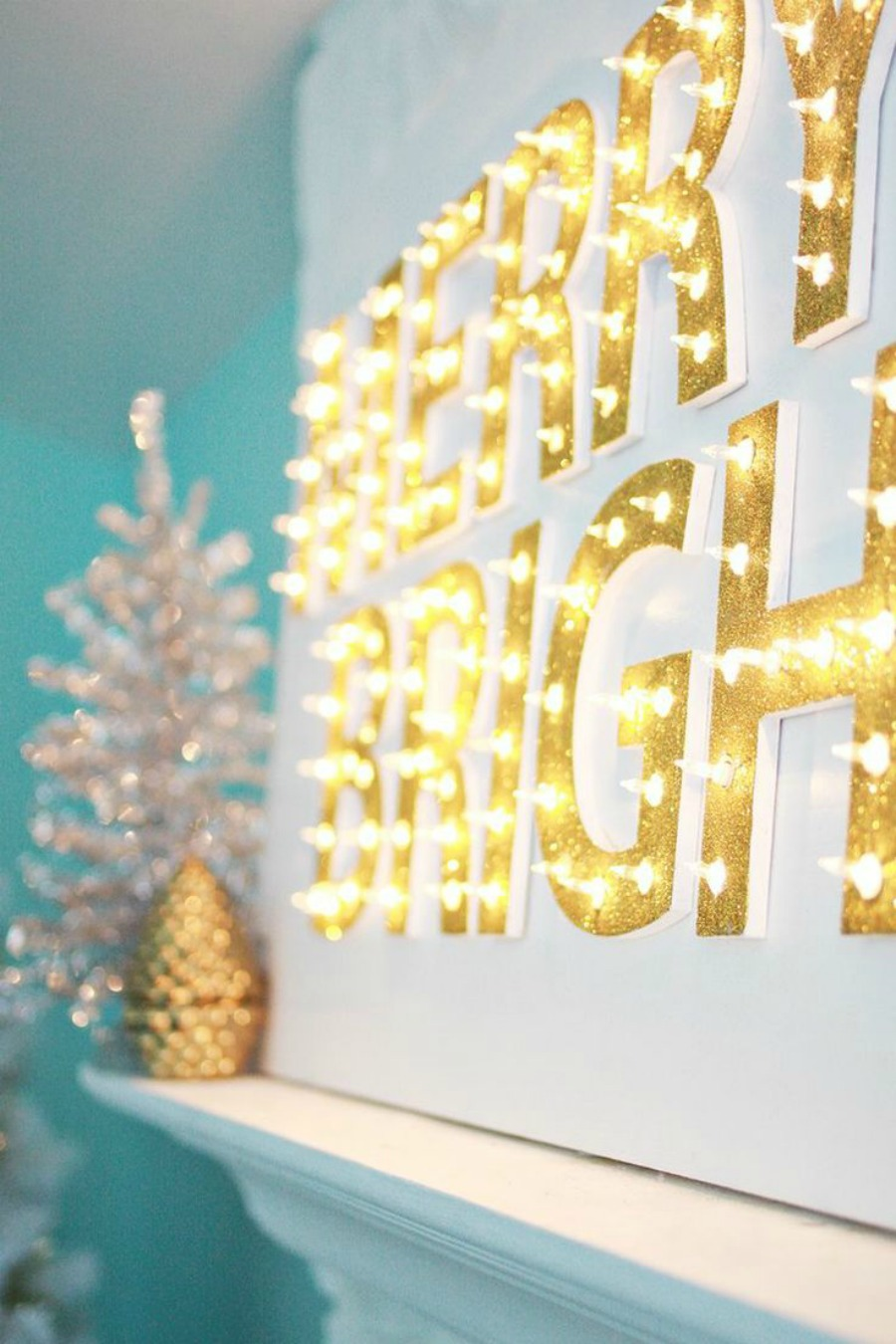 Merry & Bright Lighted Sign