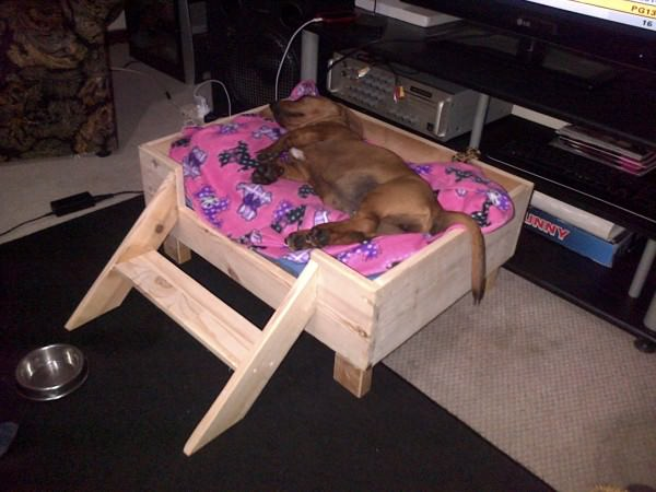 26 best diy pet bed ideas and designs for 2017 for Making a dog bed out of a table