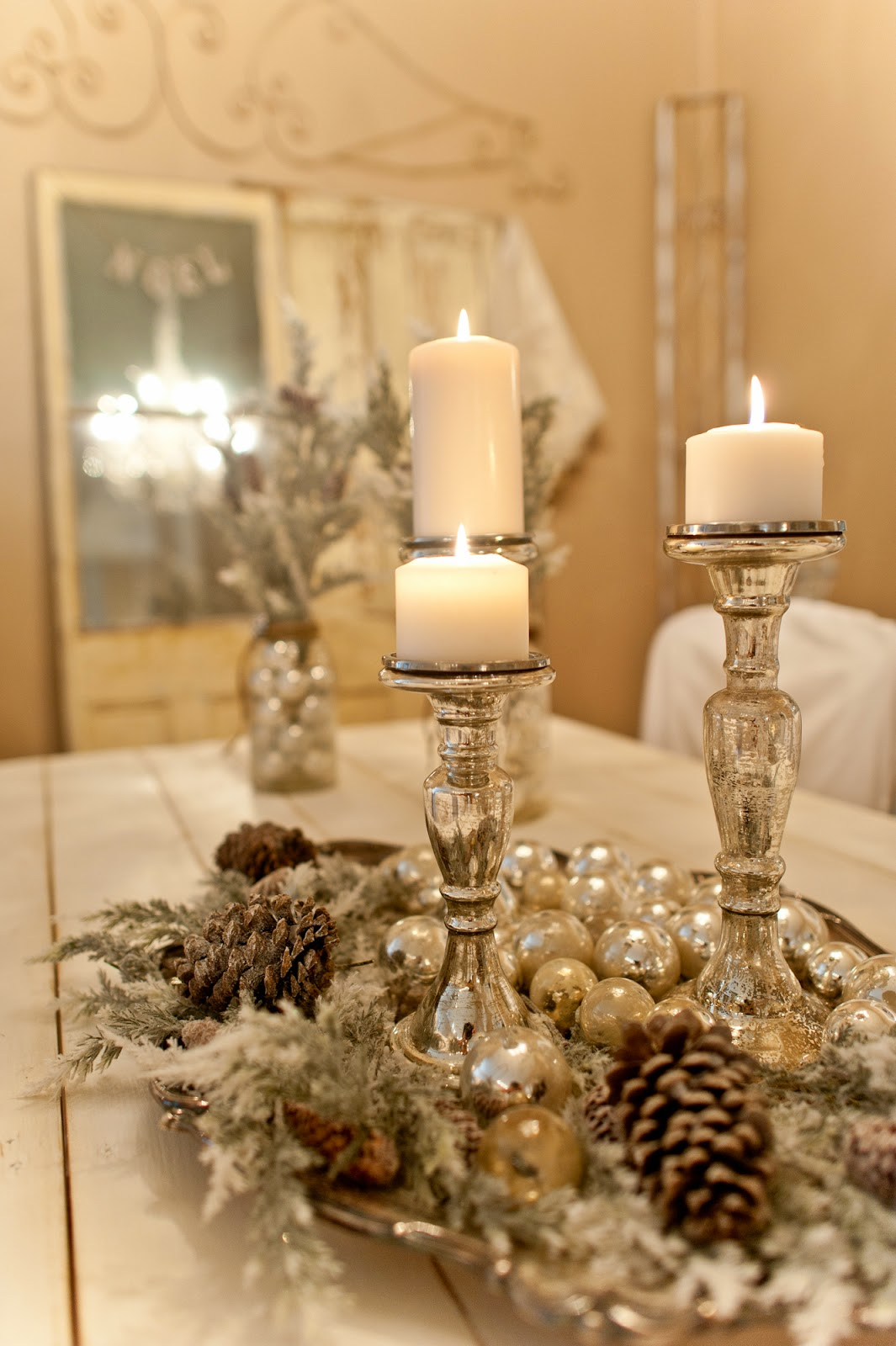 Diy christmas table decoration ideas - 28 Frosted Forest