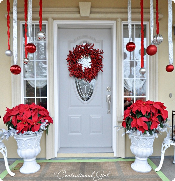 33 red and white monochrome - Best Christmas Decorating Ideas