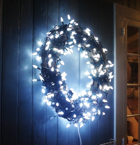branch wreath with blue lights - Waterfall Christmas Lights