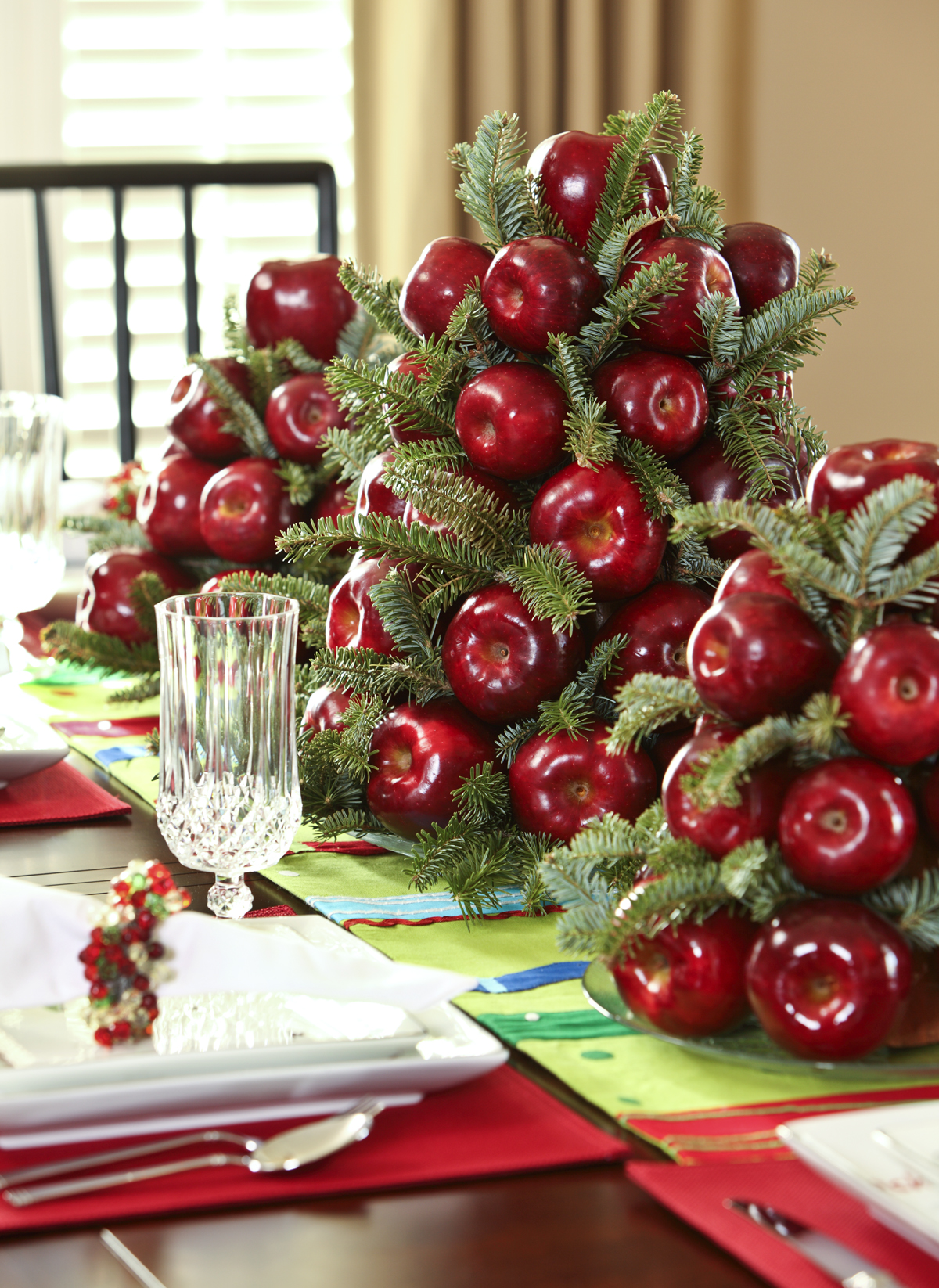 50 best diy christmas table decoration ideas for 2017 - Christmas table setting ideas ...