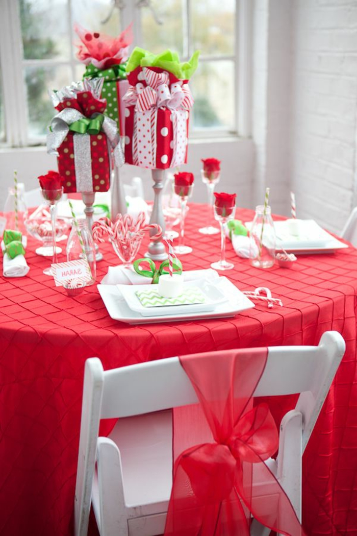 50 Best DIY Christmas Table Decoration Ideas for 2019