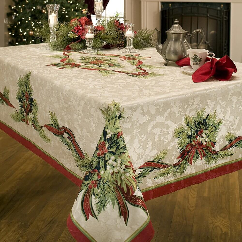 a tablecloth fit for christmas turkey - Decorating Your Home For Christmas