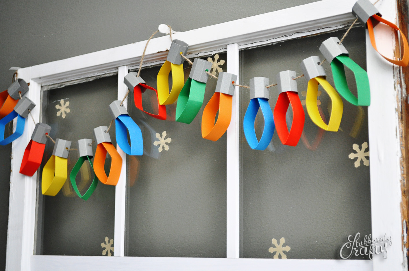paper lights diy project details stubbornlycraftycom christmas garland decoration - Diy Christmas Decorations Ideas