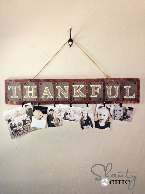"""""""Thankful"""" Wall Hanging with Photo Clips"""