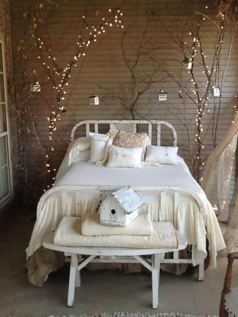 10 decorative tree branches with twinkle lighting - Vintage Bedroom Decor Ideas